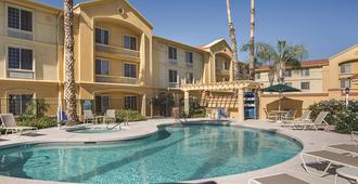 La Quinta Inn & Suites by Wyndham Phoenix Scottsdale - Scottsdale - Pool