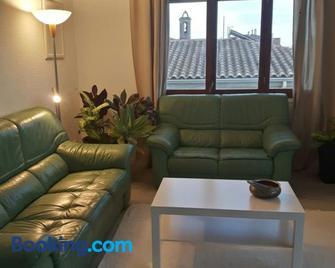 apartament Sant Pere - Sant Pere Pescador - Sala de estar