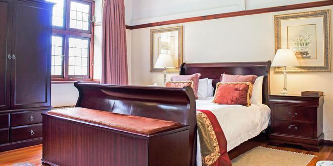 Camps Bay Retreat - Cape Town - Bedroom