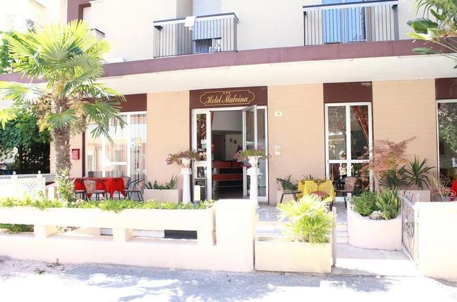 Hotel Malvina - Rimini - Gebäude