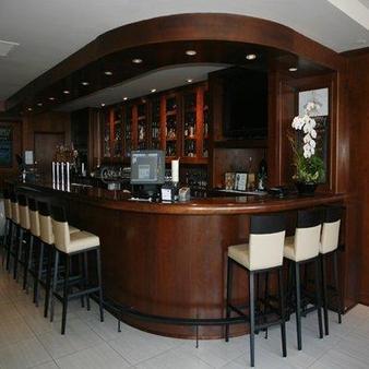 Granville Island Hotel - Βανκούβερ - Bar