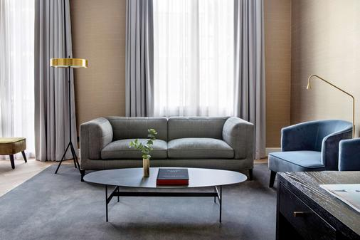 Pillows Grand Hotel Reylof - Ghent - Living room