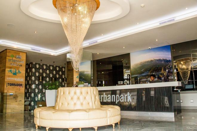 Urban Park Apartments & Hotel by Misty Blue Hotel - Umhlanga - Front desk