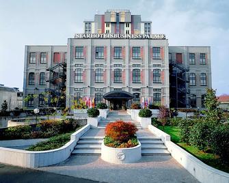 Starhotels Business Palace - Милан - Здание