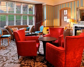 The Crown Manor House Hotel - Lyndhurst - Lounge