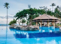 Nirwana Resort Hotel - Tanjung Pinang - Pool