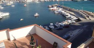 B&B Lacasadelcavaliere - Lampedusa - Outdoor view