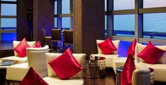 Sofitel Abu Dhabi Corniche - אבו דאבי - טרקלין