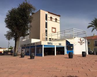 Hostal Monteluna - Moguer - Building