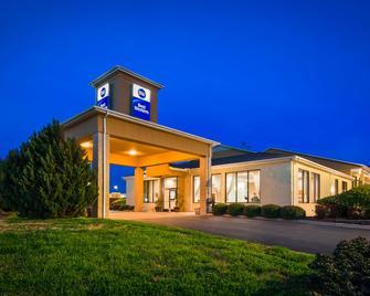 Best Western Inn & Suites - Monroe - Monroe - Building