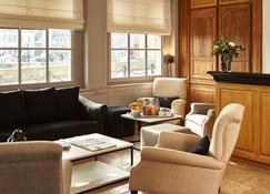 貝斯特韋斯特謝瓦布蘭科酒店 - 宏芙羅 - 昂福樂 - 大廳