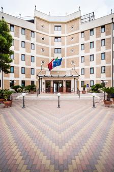 Best Western Hotel Ara Solis - Tarento - Edificio