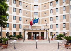 Best Western Hotel Ara Solis - Taranto - Building