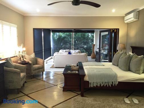 Five Burnham - Umhlanga - Phòng ngủ