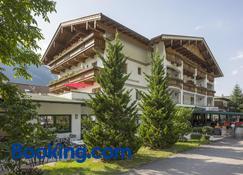 Landhotel Denggerhof - Mayrhofen - Building