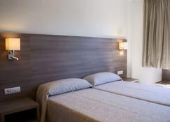 Apartamentos Tres Torres - Palma de Mallorca - Bedroom