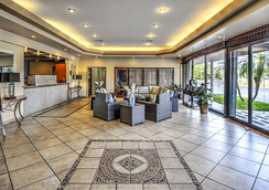 Vero Beach Inn & Suites - Vero Beach - Hành lang