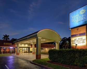 Vero Beach Inn & Suites - Vero Beach - Edificio