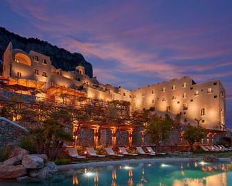 Monastero Santa Rosa Hotel & Spa - Conca Dei Marini - Bazén