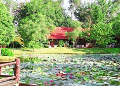 Pung-waan Resort Saiyoke - Sai Yok - Outdoors view