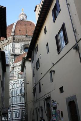 Adelaide House - Florencia