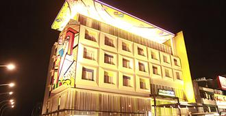 MaxOneHotels at Vivo Palembang - Palembang