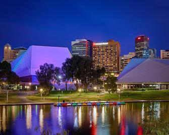 Stamford Plaza Adelaide - Adelaide - Building