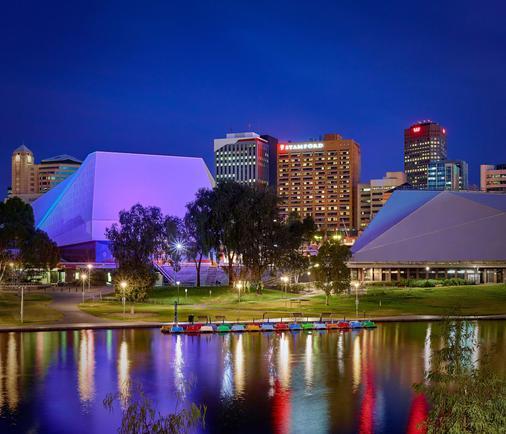 Stamford Plaza Adelaide - Αδελαΐδα - Κτίριο