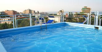 Hotel Augustus - Riccione - Pool