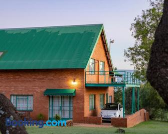 Olive Tree Farm - Magaliesburg - Edificio
