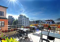 Thamel Grand Hotel - Kathmandu - Balkon
