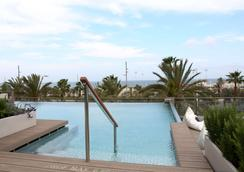 Occidental Atenea Mar - Adults only - Barcelona - Pool
