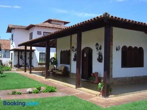 Rey Das Ostras Pousada - Rio das Ostras - Building