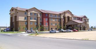 Hampton Inn & Suites Bakersfield North-Airport - Μπέικερσφιλντ