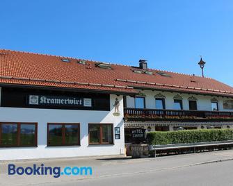 Hotel-Gasthof Kramerwirt - Miesbach - Gebouw