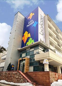 Iris Hotel - Almaty - Toà nhà