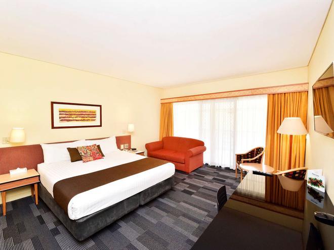 Mercure Alice Springs Resort - Alice Springs - Bedroom