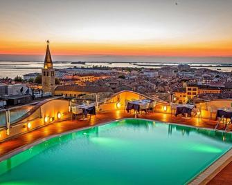 Grand Hotel Astoria - Grado - Pool