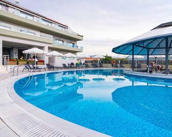 The Dome Luxury Hotel Thassos - Limenaria - Pool