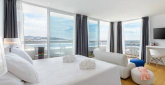 Hotel Playasol The New Algarb - Ibiza - Chambre
