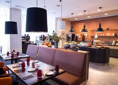 Vienna House Easy Airport Bucharest - Otopeni - Restaurante