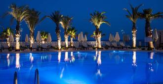 Radisson Blu Resort & Thalasso, Hammamet - Hammamet - Piscina