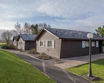 Pine Lake Resort by Diamond Resorts - Carnforth - Building