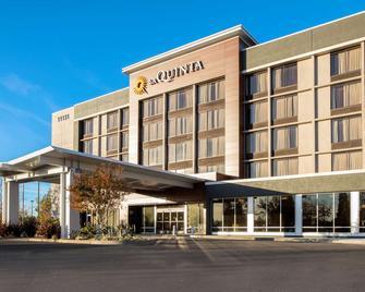 La Quinta Inn & Suites by Wyndham Rancho Cordova Sacramento - Rancho Cordova - Gebäude