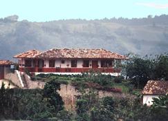 Hotel Casa Alto Del Coronel - Salento - Building