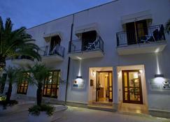 Hotel Sabbia D'Oro - San Vito Lo Capo - Κτίριο