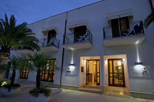 Hotel Sabbia D'Oro - San Vito Lo Capo - Rakennus