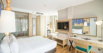 Avani+ Hua Hin Resort - צ'א-אם