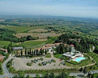 Relais Cappuccina Ristorante Hotel - San Gimignano - Outdoors view