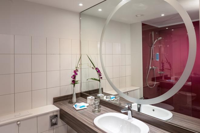 多林空曼赫姆酒店 - 曼海姆 - 曼海姆 - 浴室